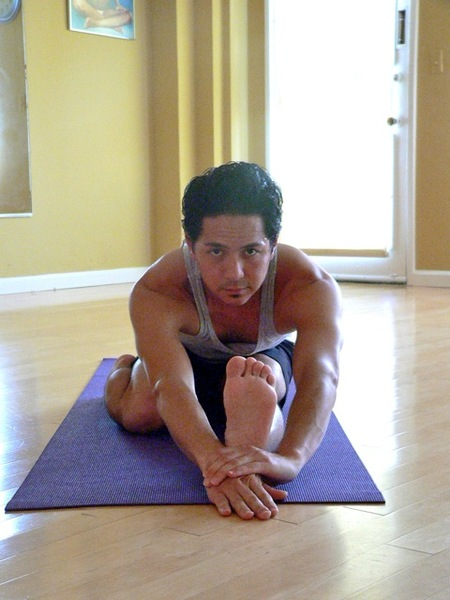 Yogaposep1000161_2